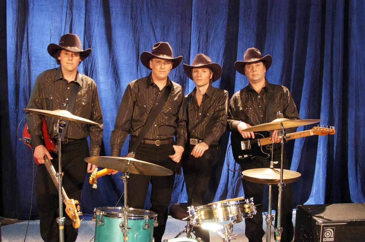 "2003-03-14 ""It's A Good Life"" Video Shoot - Saskatoon SK"